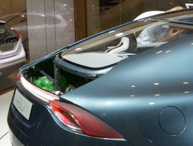 Z�rtszelv�ny, szemetes zs�k - meglep� bels� �rt�kekkel b�r a Volvo Concept You