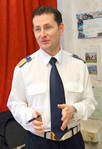 Meggyesfalvi Tam�s r. alezredes
