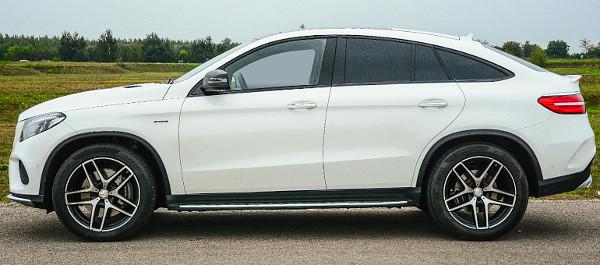 Ismer�s vonalak? M�g a t�lny�l�sok ar�nyai is BMW X6-osra eml�keztetnek